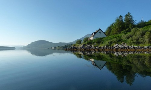 skye-picture-house-bed-breakfast-accommodation-ard-dorch-broadford-skye